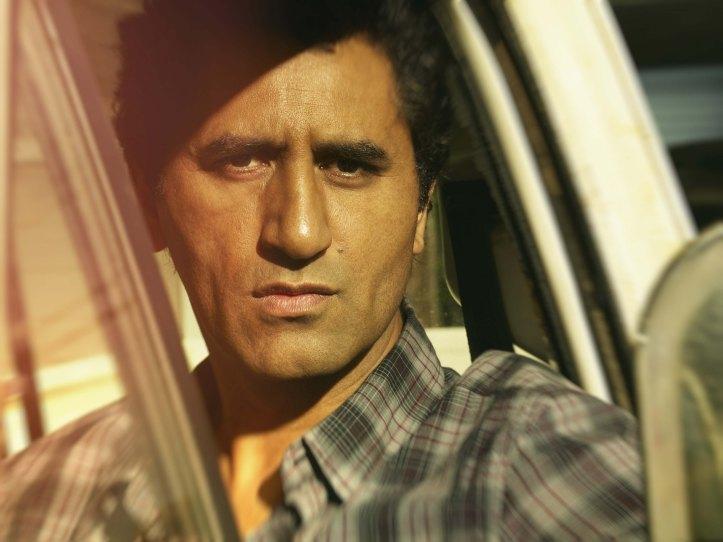 Cliff Curtis as Travis - Fear the Walking Dead _ Season 1, Gallery - Photo Credit: Frank Ockenfels 3/AMC