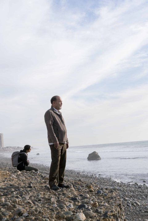 Rubén Blades as Daniel Salazar, Lorenzo James Henrie as Chris Manawa - Fear The Walking Dead _ Season 2, Episode 03 - Photo Credit: Richard Foreman/AMC