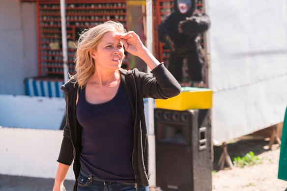 Kim Dickens as Madison Clark; single - Fear The Walking Dead _ Season 2, Episode 06 - Photo Credit: Richard Foreman, Jr/AMC