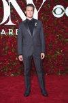 Jonathan Groff viste Calvin Klein
