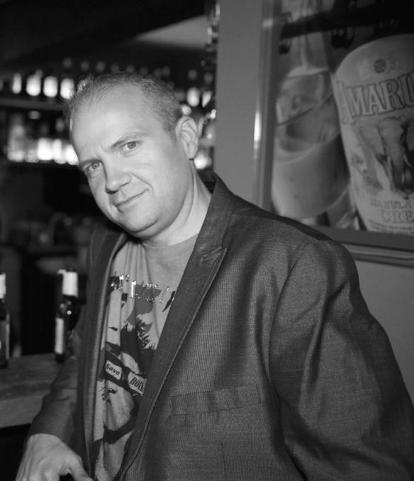 Jason Enos - Director de Marca y Marketing para Latinoamérica BNE