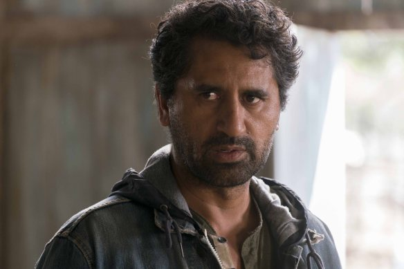 Cliff Curtis as Travis Manawa - Fear The Walking Dead _ Season 2, Episode 10 - Photo Credit: Richard Foreman Jr/AMC