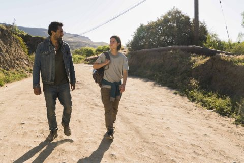 Cliff Curtis as Travis Manawa, Lorenzo James Henrie as Chris Manawa - Fear The Walking Dead _ Season 2, Episode 10 - Photo Credit: Richard Foreman Jr/AMC